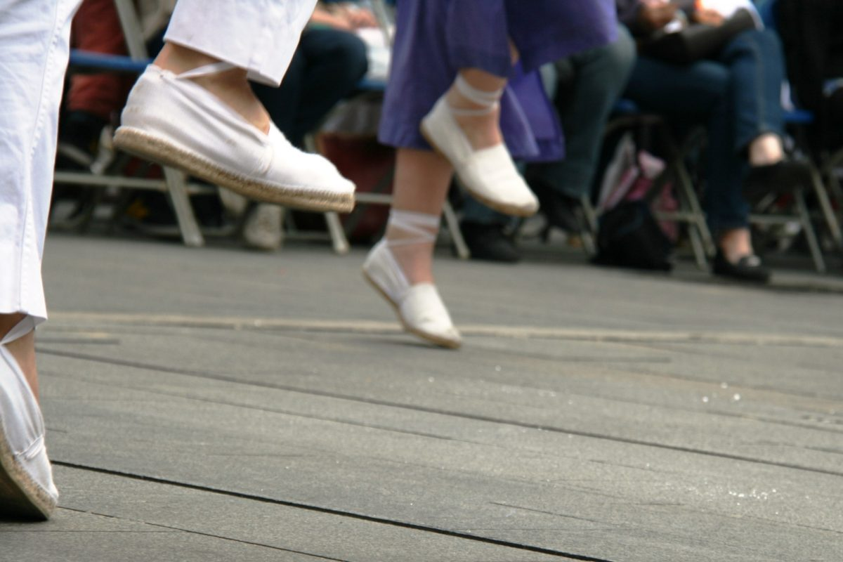Danser au rythme des sardanes catalanes
