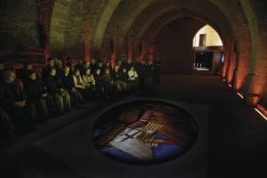 Projection dans le cloître de Sant Benet de Bages