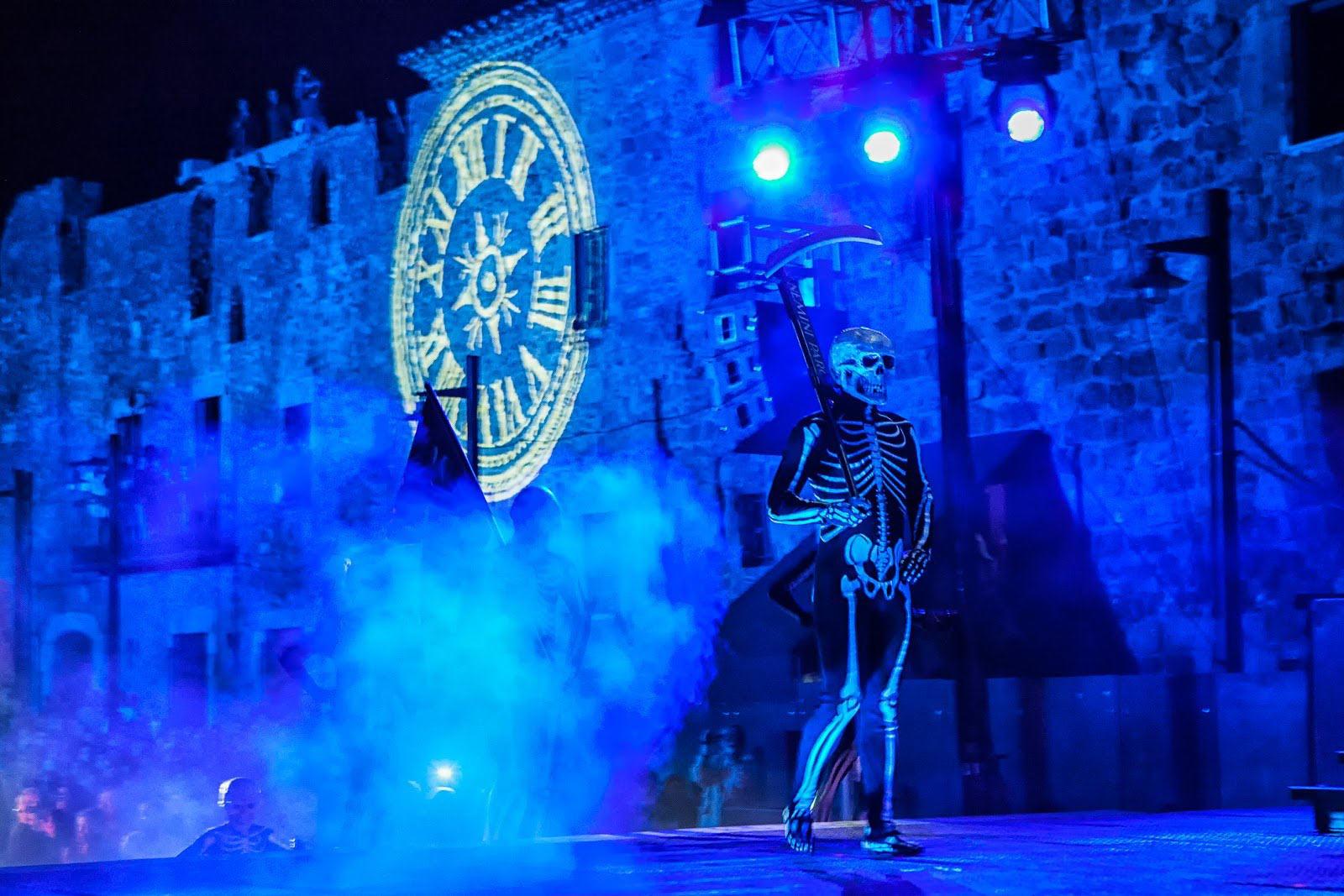 La procession et la danse de la mort