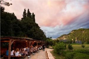 Diner en extérieur au Mont Sant Benet