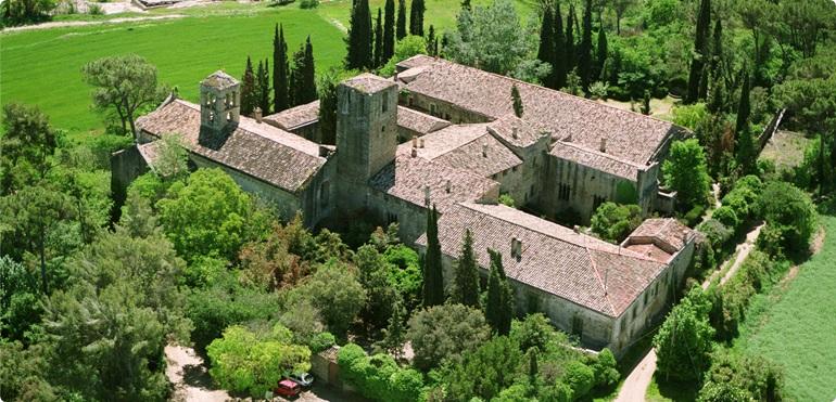 Vue aérienne du Monastère Sant Benet