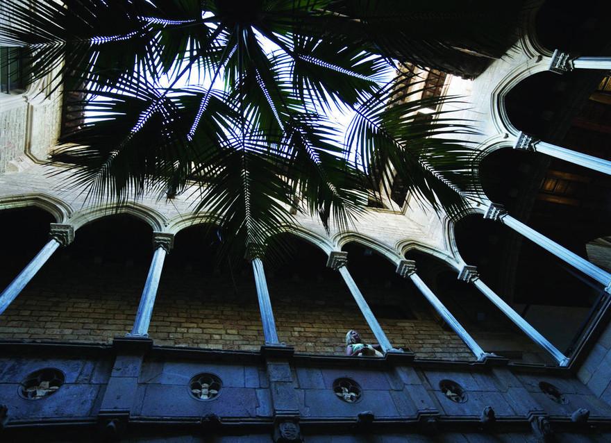Barcelona. Cour du Palais Aguilar, Museu Picasso. Crédit - Nano Ca+¦as