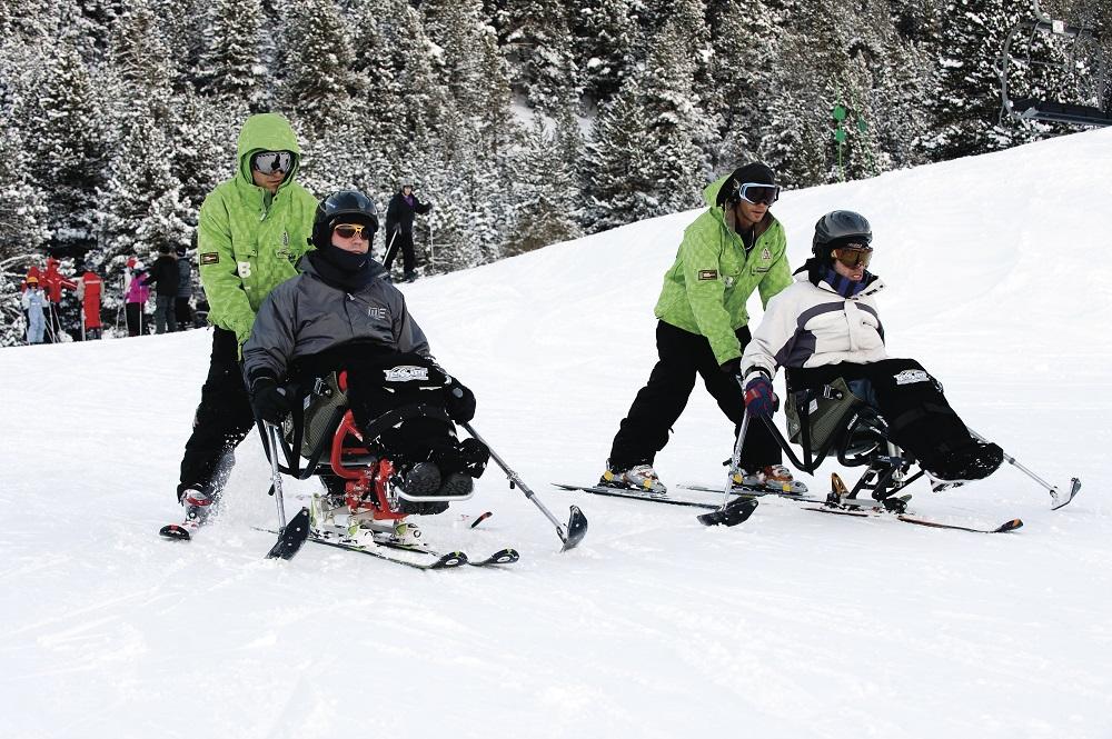 Estació d'esquí la Molina. Practicants d'esquí adaptat. Gemma Miralda