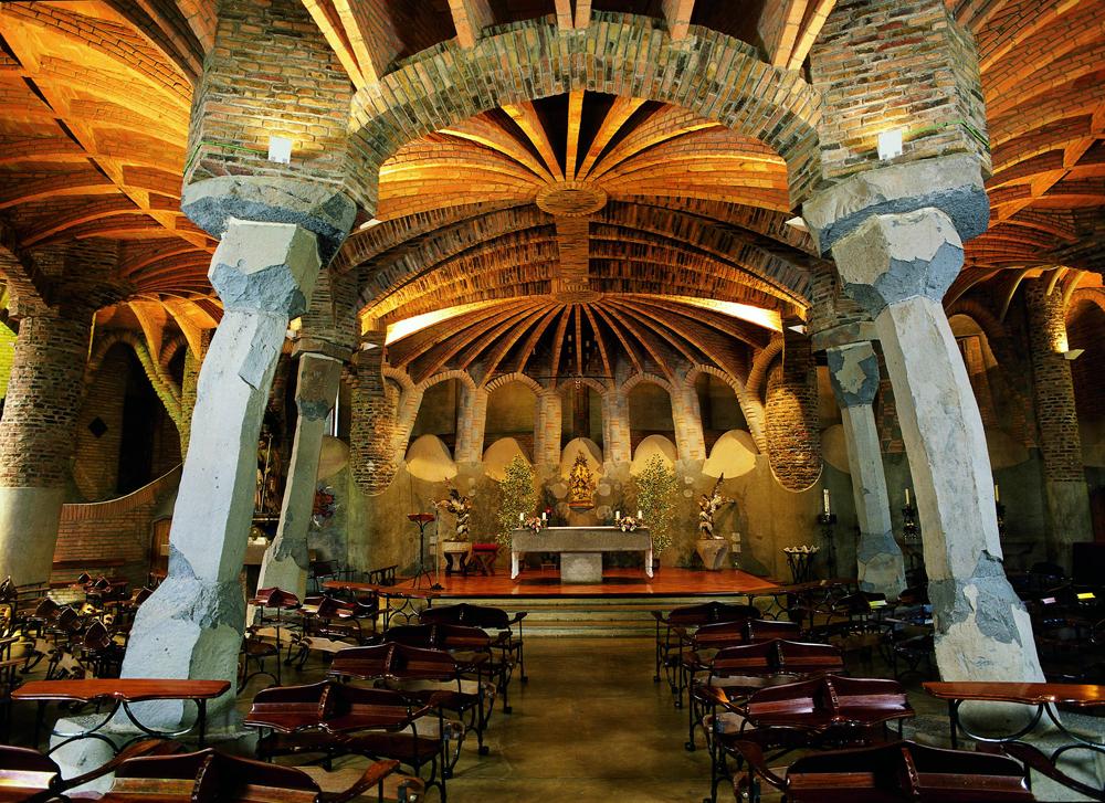 Crypte de la Colonia Güell. Crédit photo Imagen M.A.S