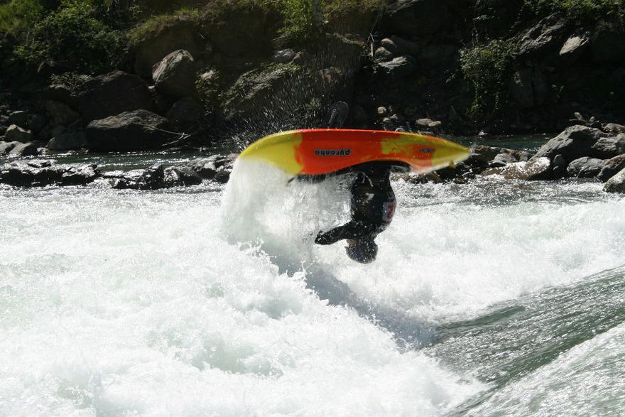 Kayak Free Style - c photo Flikr