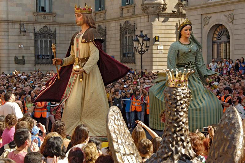 Célébrer la fête de la Mercè à Barcelone - Catalunya Experience