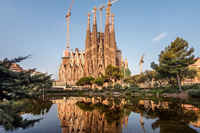 La Sagrada Família - Barcelone - Gaudí - © Pep DaudéInstitut Pere Mata Reus - Institut Pere Mata - Reus © Pep Daudé
