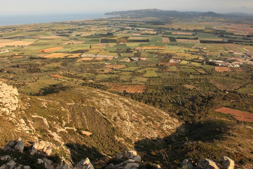 Vue sur le Ter, le Baix Emporda, Torroella de Montgrí et l'Estartit - © Vincent Gaudin