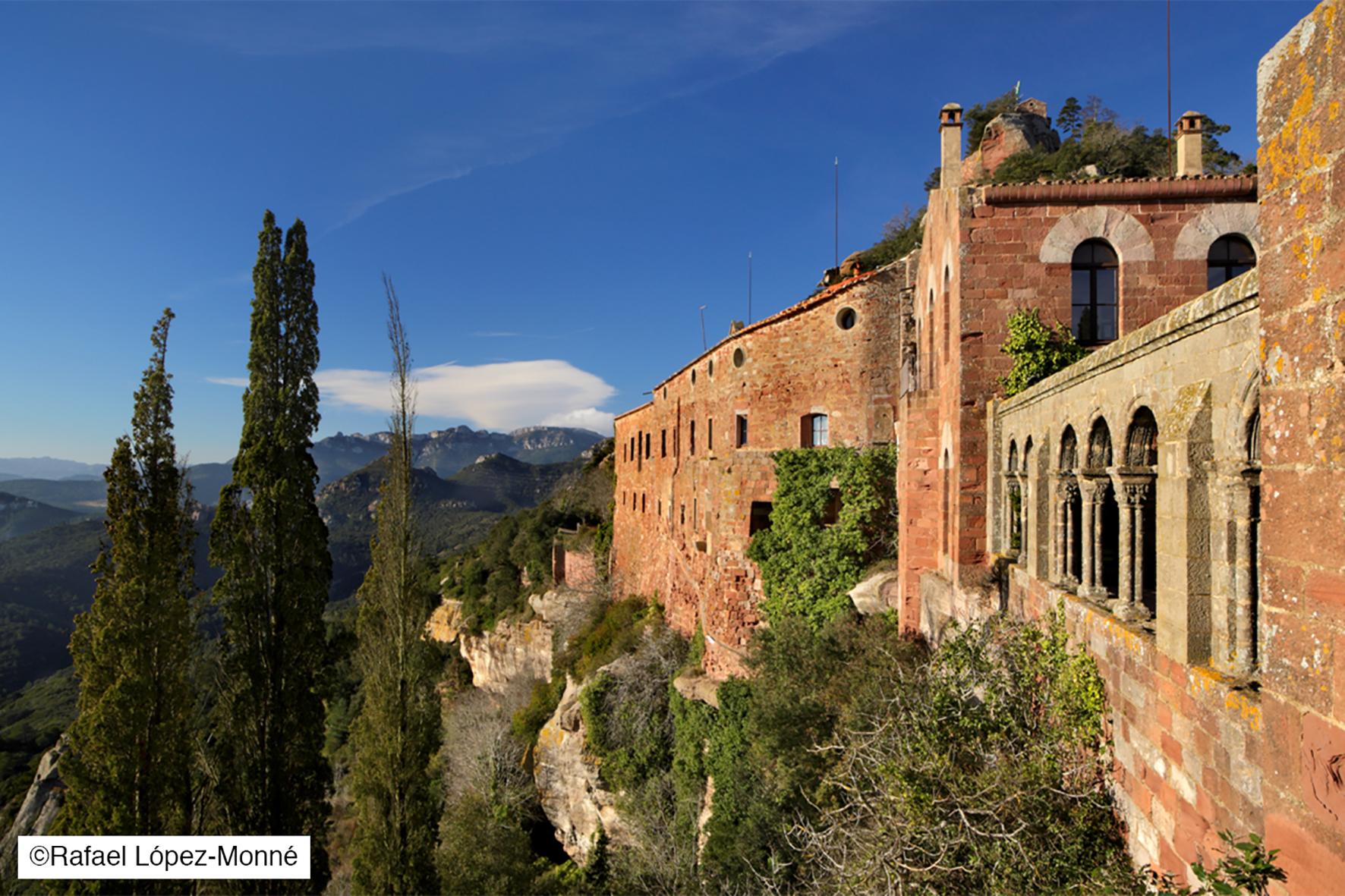 Château monastère Escornalbou à Riudecanyes