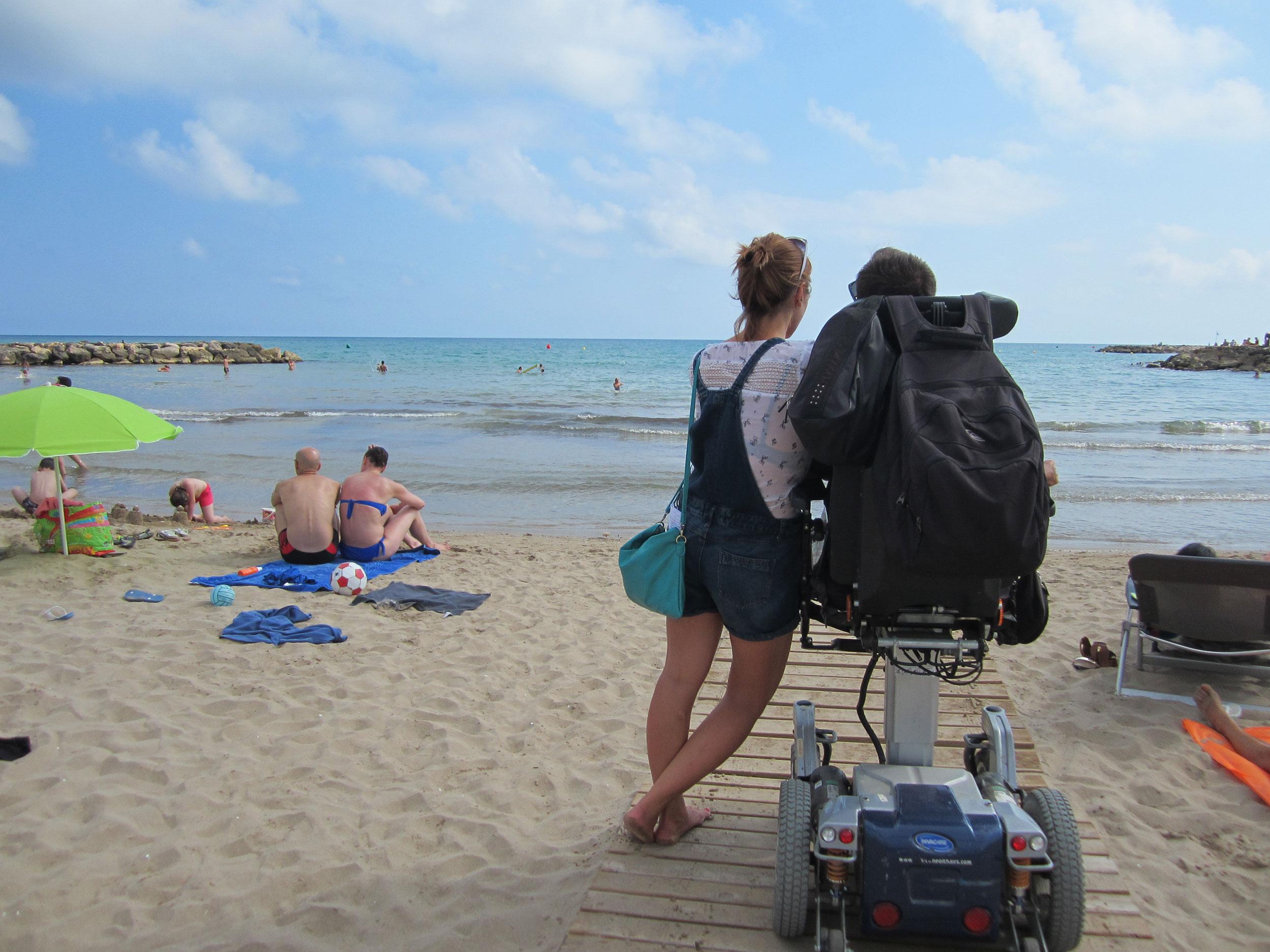 Accès à la plage de Sitges © Agència Catalana Turisme