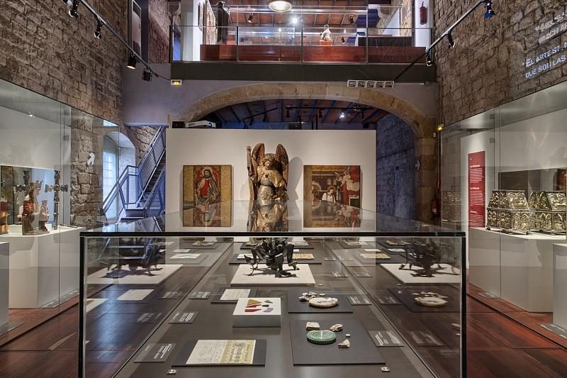 Salle dédiée aux Influences de Gaudí