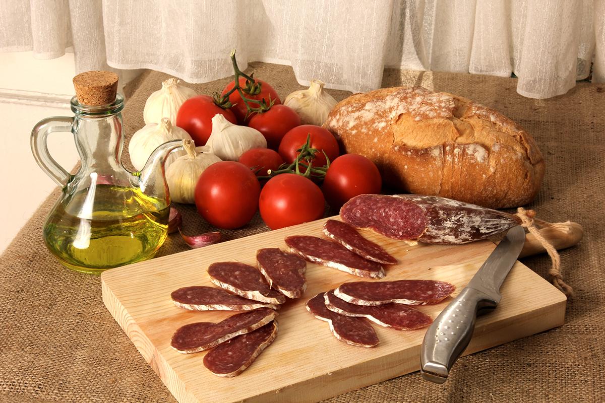Fuet et huile d'olive