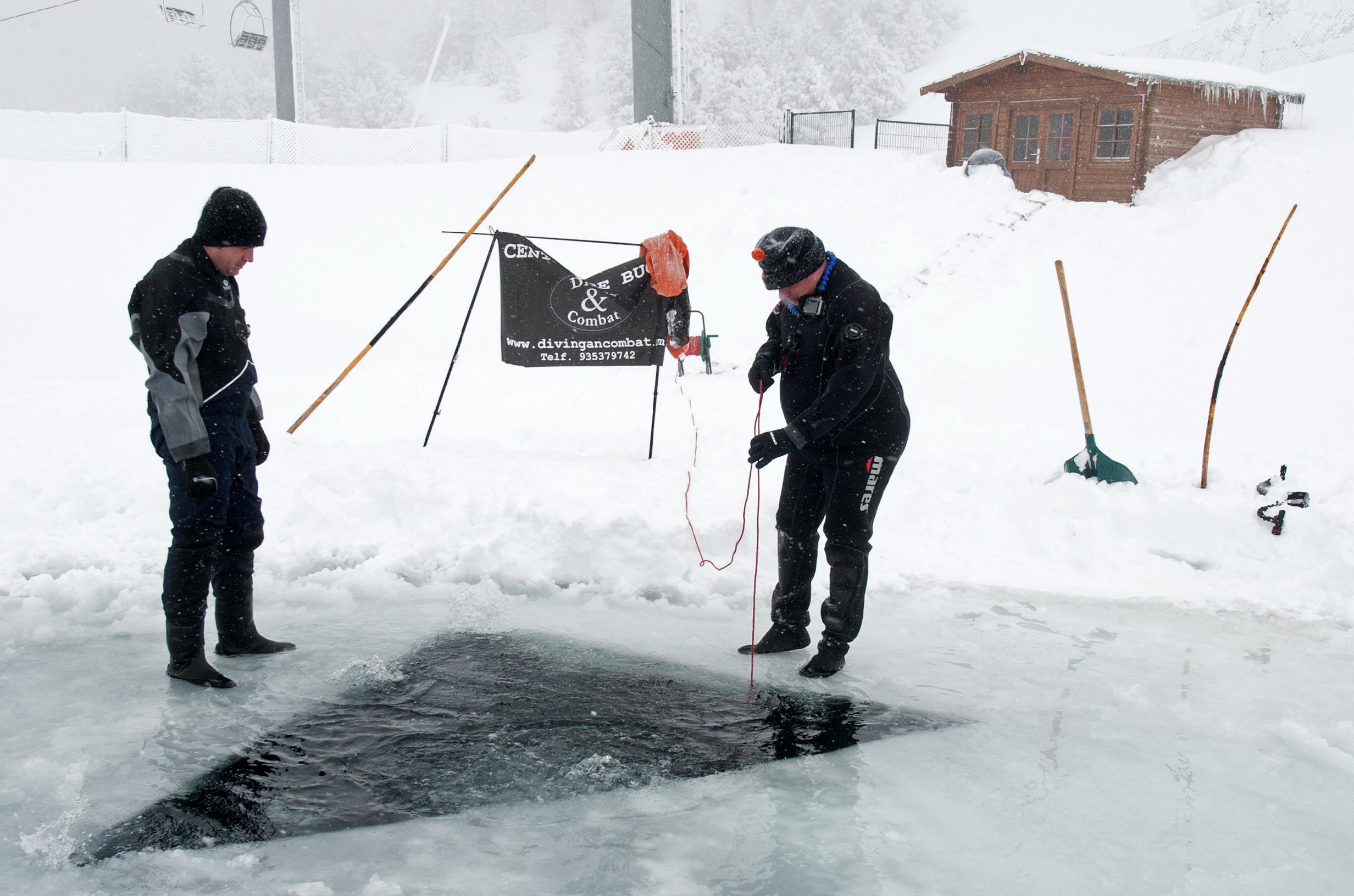 Plongée sous la glace au Port Ainé