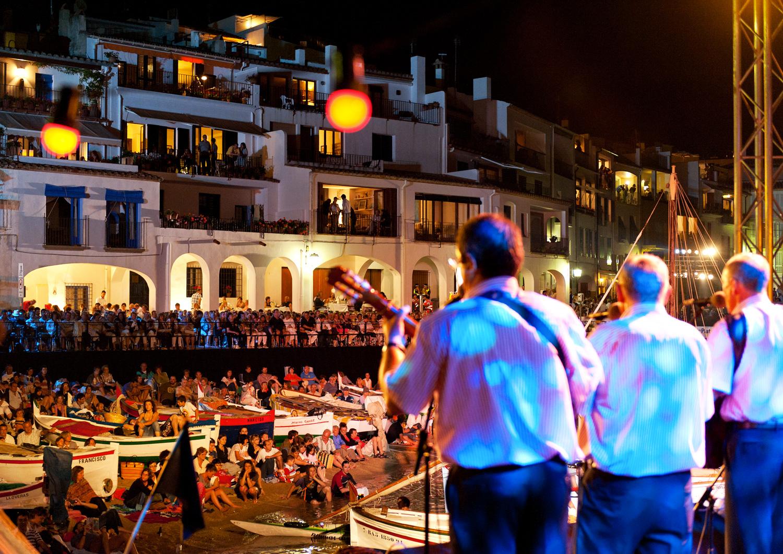 Chant  des Havaneres, à Calella © Marc Castellet Puig