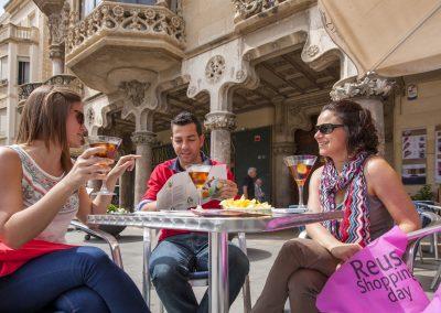 Un vermouth chez Gaudí