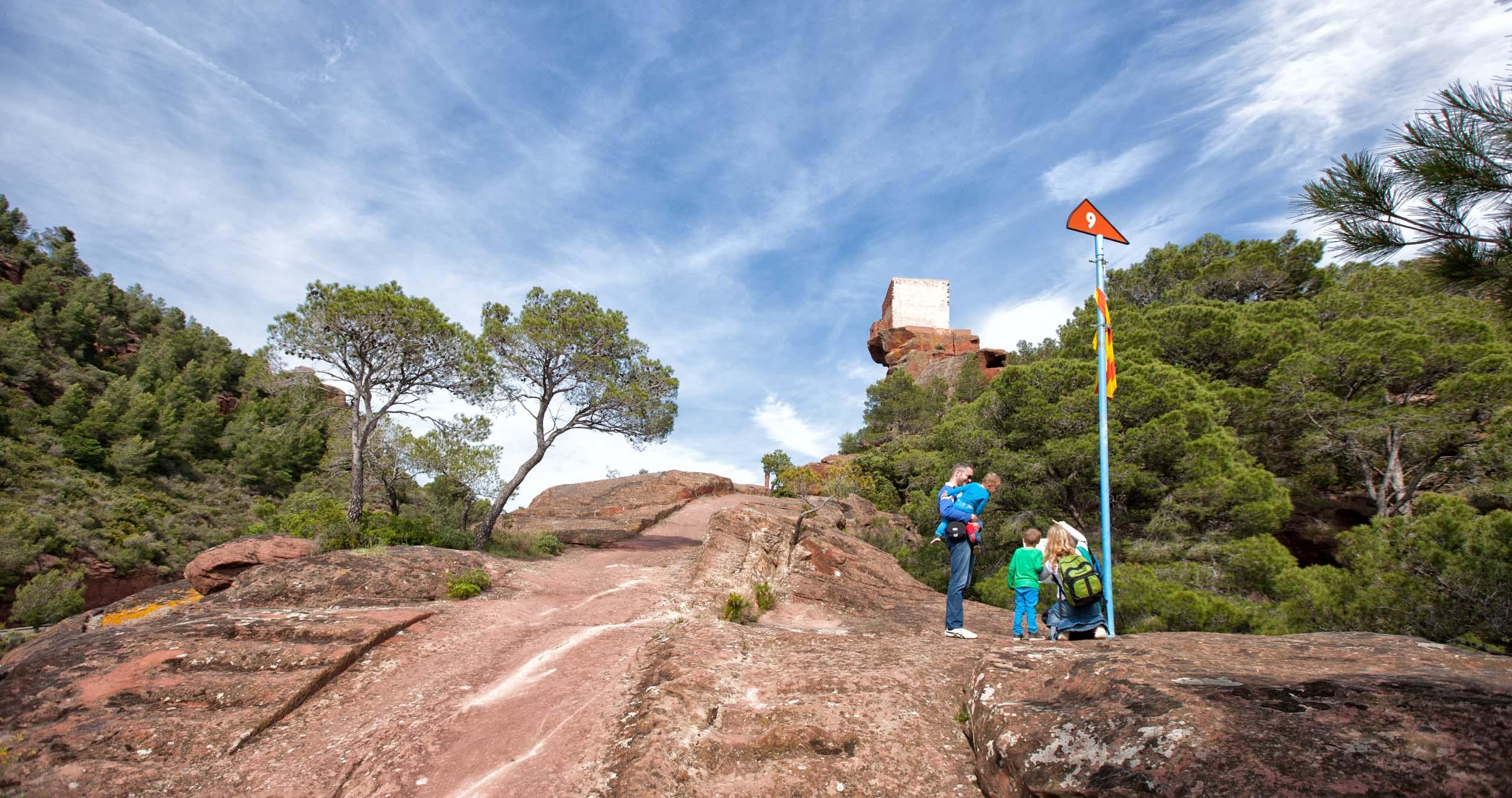 Mon Roig del Camp Santuaire de la Mare de Déu de la Roca