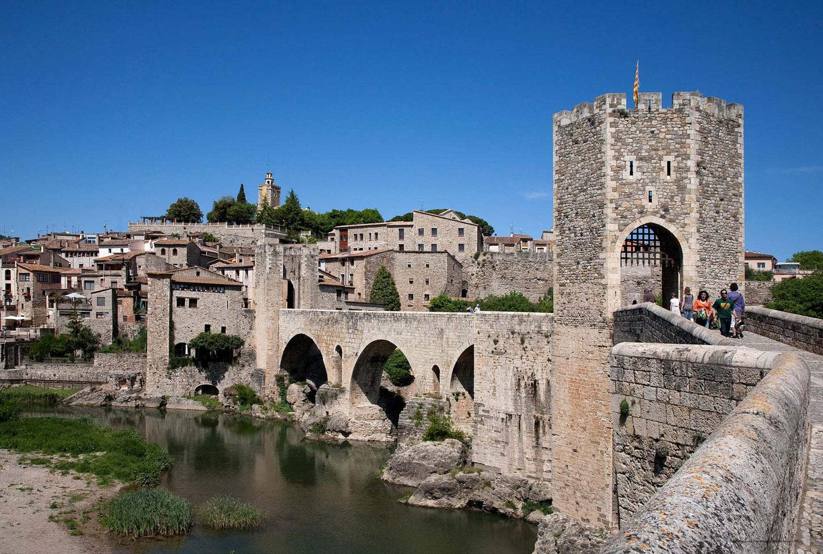 Fortifications de Besalu