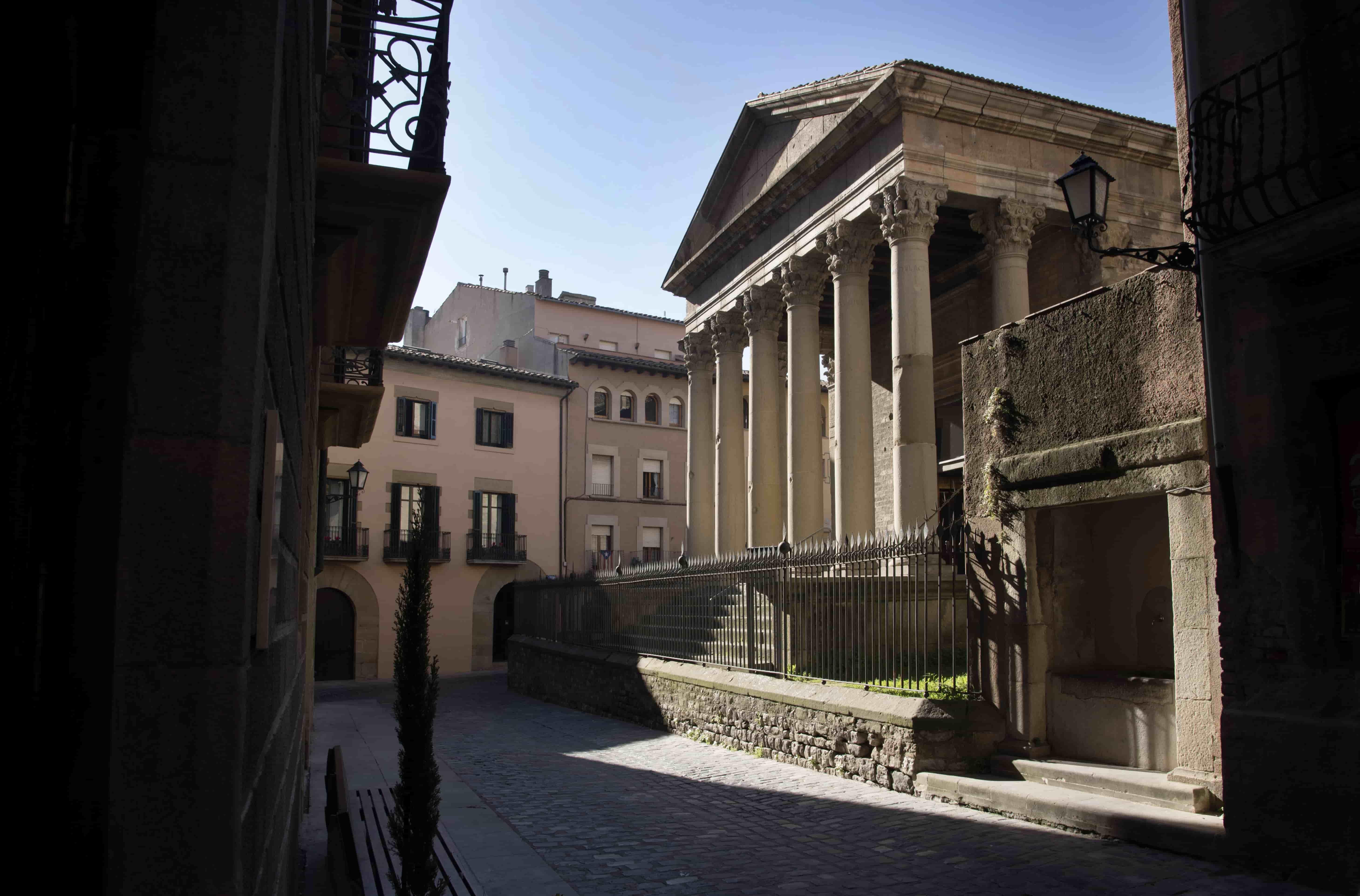 Temple roman de Vic