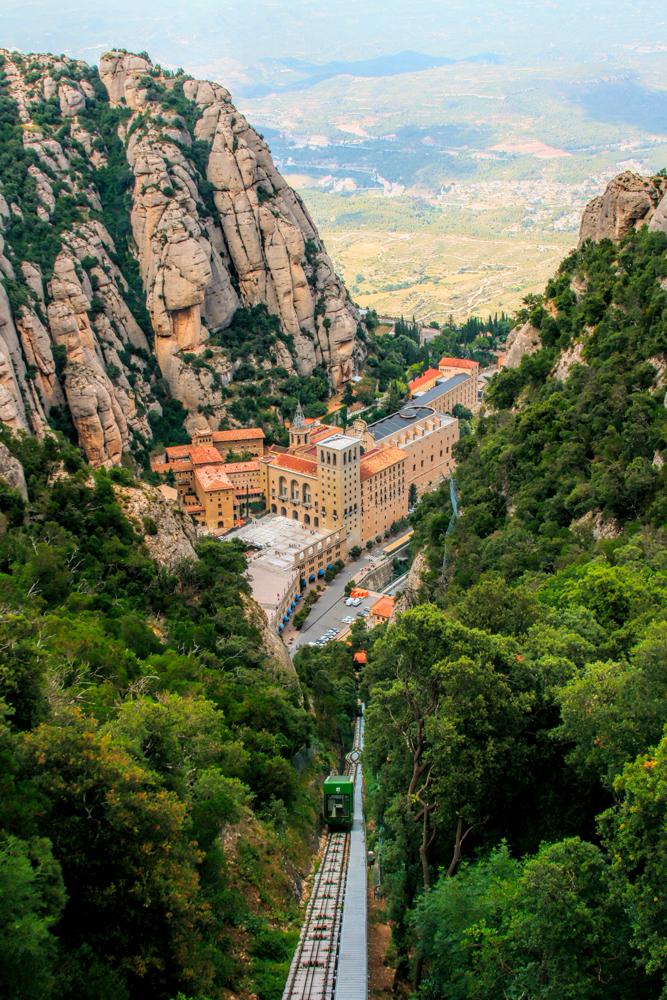 Montserrat - train à crémaillère