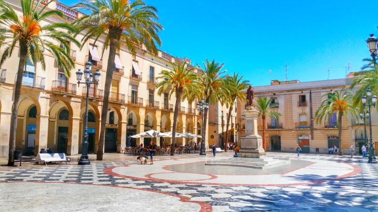 Vilanova I La Geltrú - Plaça de la Vila © Ajuntament de Vilanova i la Geltrú